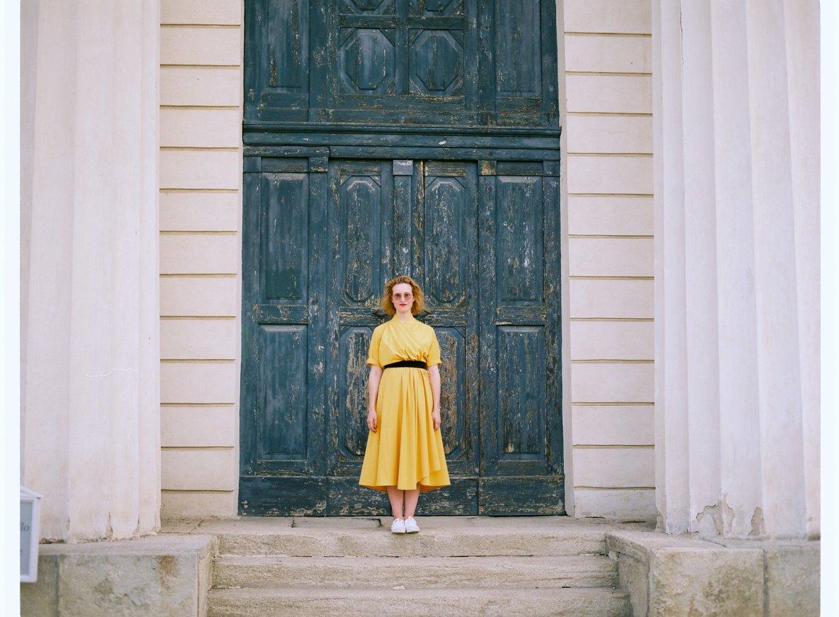 Žluté Dovima šaty vprodeji,jeden kus!