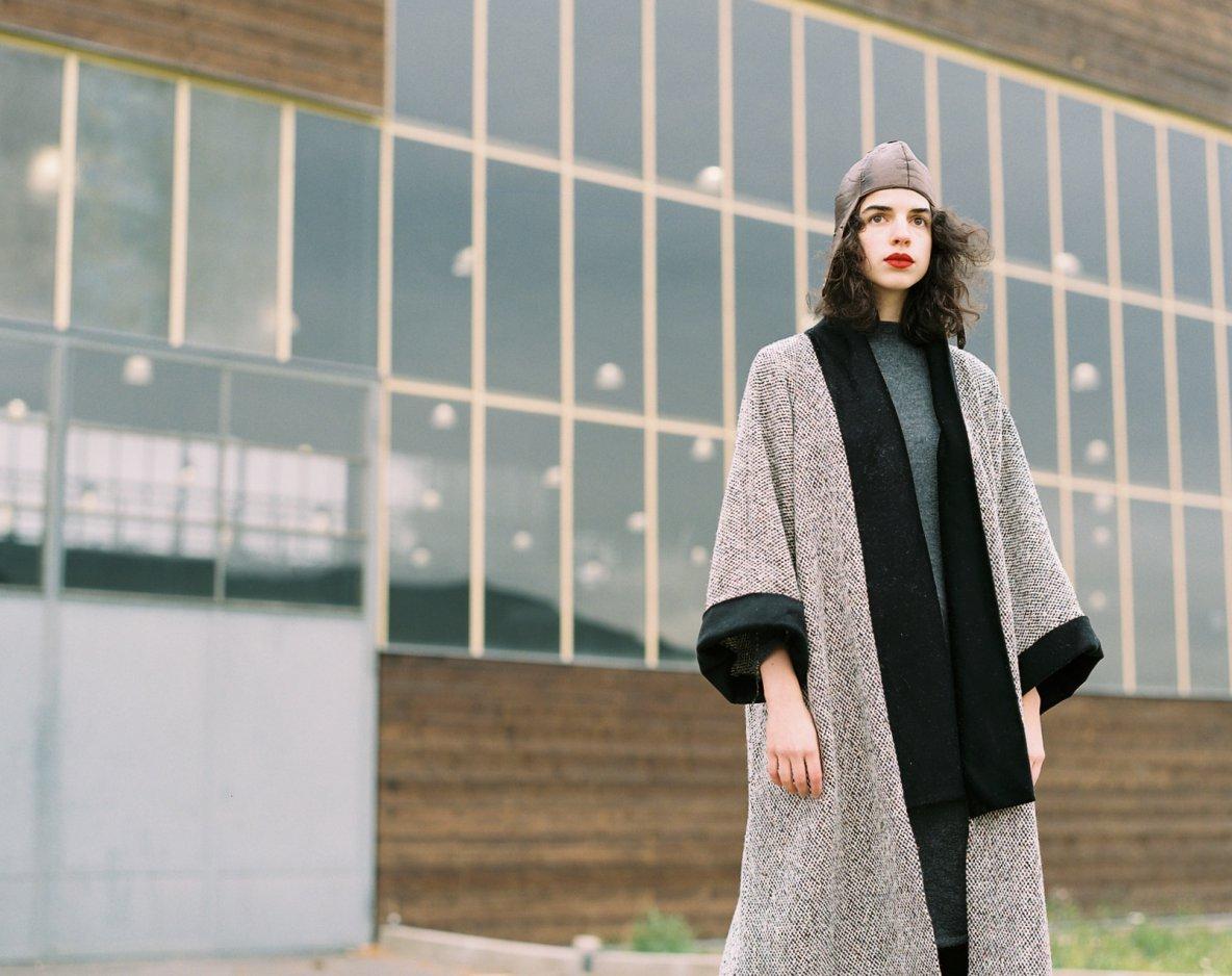 kabáty, pláště akimona vprodeji